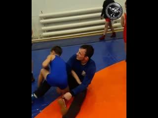 МСМК (по вольной борьбе) Александр Богомоев подает правильный спортивный пример на борцовском ковре