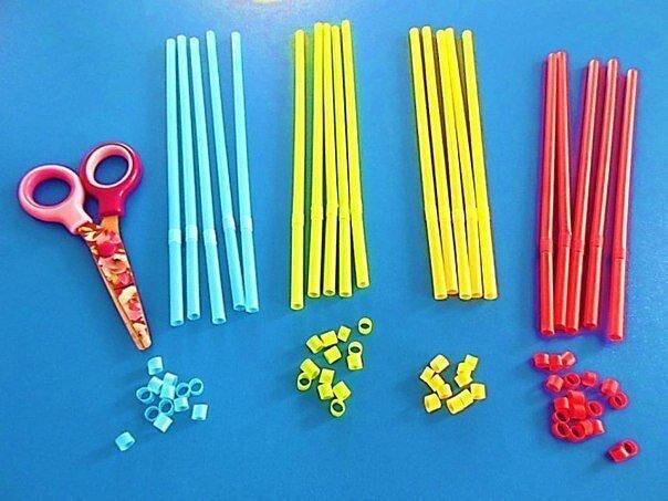 Мозаика из коктейльных трубочек. Для творчества понадобится: -бумага -пластилин -трубочки -ножницы