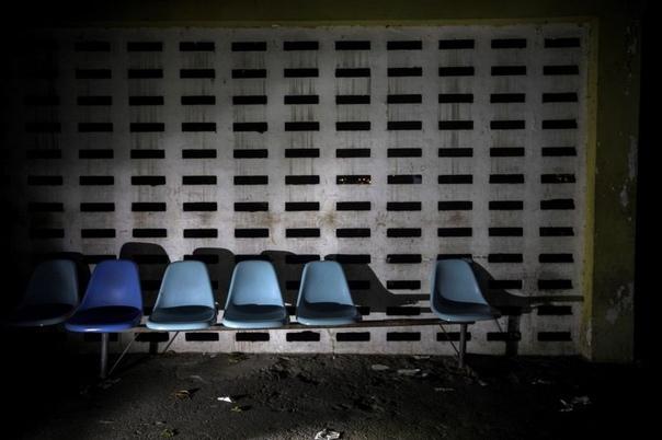 В 126-летней психиатрической больнице Каракаса творится полный мрак В Венесуэле, которая находится в глубочайшем кризисе, в медицине тоже полная беда, и это убедительно доказывают фото,