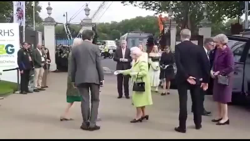 The Queen has now arrived for her annual visit to @The_RHS chelsea