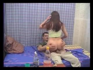 Twistys - Миниатюрные лесбиянки Riley Reid, Кимми Грейнджер слизывают с головы до ног порно анал оральный