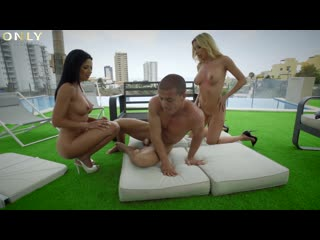 OnlyGoldDigger - Shalina Devine and Marilyn Crystal Get Creamed by Personal Trainer