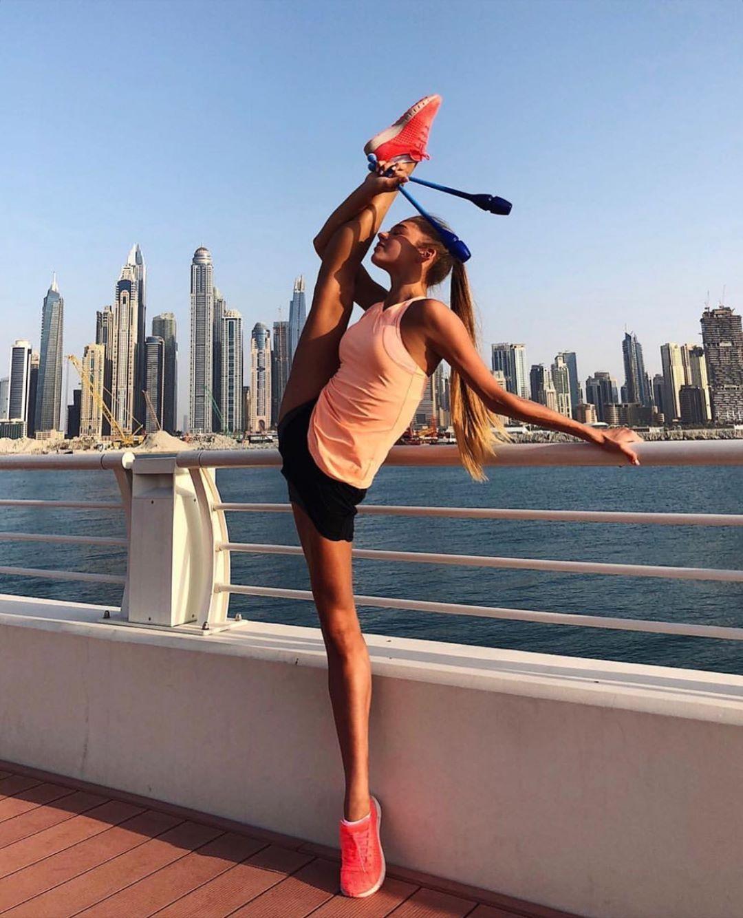 Александра Солдатова — Российская гимнастка и член сборной команды России, какие же у нее потрясающие ноги