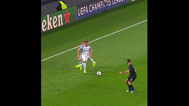 _tv_ 𝙋𝙧𝙚𝙫𝙞𝙤𝙪𝙨𝙡𝙮 𝙤𝙣 - 𝙁𝘾𝙋𝙅𝙪𝙫𝙚...... _soccer_️_soccer_️ - JuveUCL - ForzaJuve ( 1080 X 1080 ).mp4