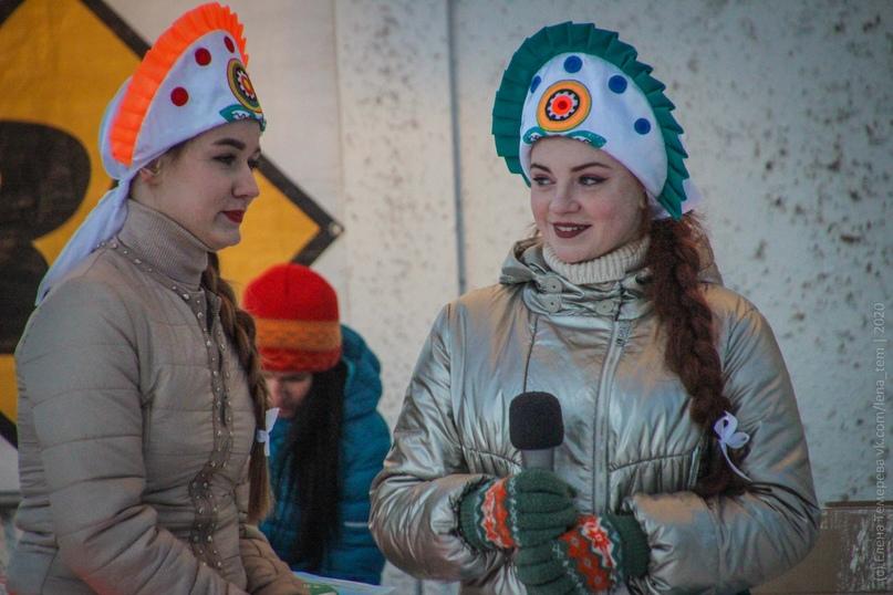 Главные отечественные ледолазные старты сезона финишировали в городе Кирове в минувшие выходные – чемпионат и первенство России по альпинизму. Всем было что доказывать и что терять…, изображение №94