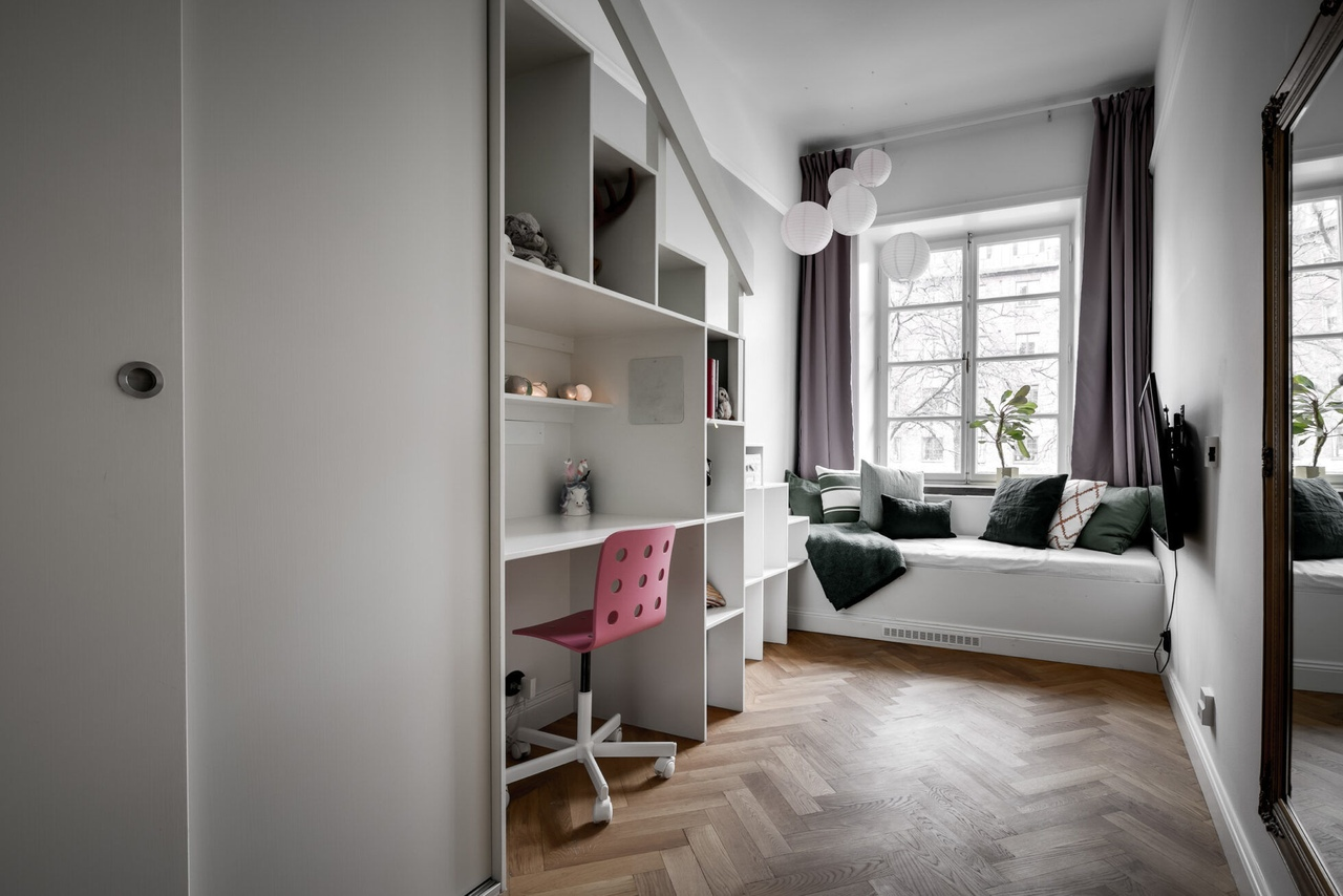 Renovated apartment in Stockholm || 02