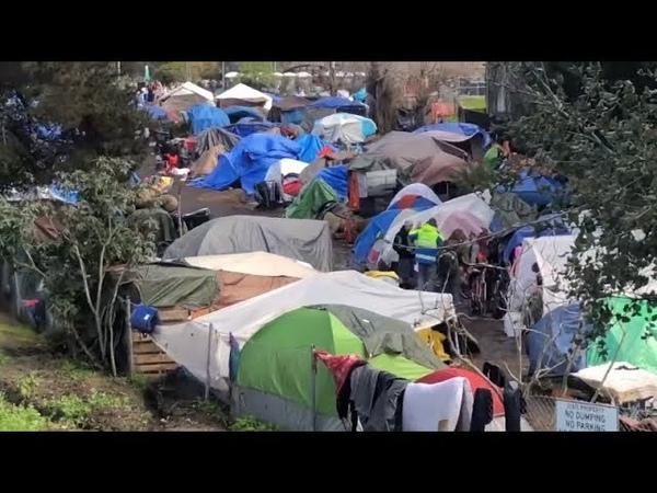 Угроза вспышки холеры в США бездомные в палаточном лагере Санта Круз Калифорния