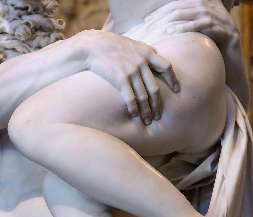 Детали мраморных скульптур