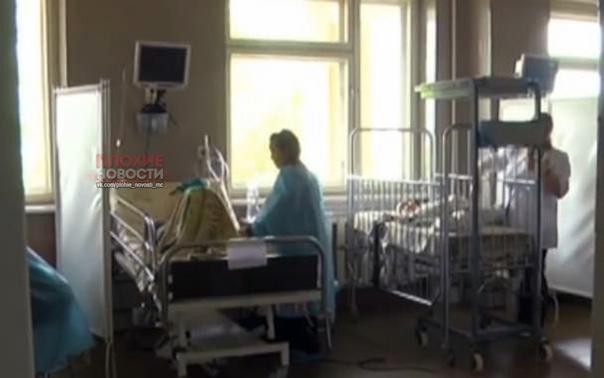 Под Львовом женщина проломила голову 10-летней девочке-сироте Пострадавшую зовут Аня, сейчас она в реанимации. По словам врачей, у нее несколько переломов костей черепа, однако мозг не