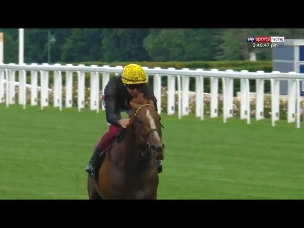 Super Stradivarius lands Gold Cup hat-trick in style! | Royal Ascot 2020