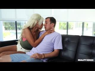 Изменил жене и трахнул порноактрису, busty blond latin milf sex