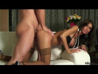 seks-analniy-seks-s-russkimi-krasavitsami-foto-erika-everharda-mnogo