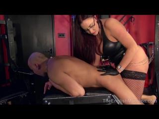 Strapon Queen [Leather Mistress FemDom Anal Facesitting Strap On Latex Fetish BDSM Bondage Hardcore]