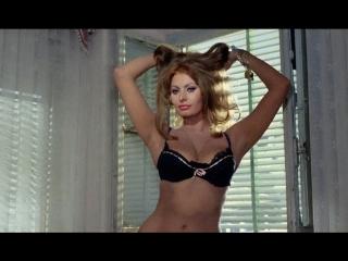 Вчера, сегодня, завтра  1963  Режиссер: Витторио Де Сика   мелодрама, комедия