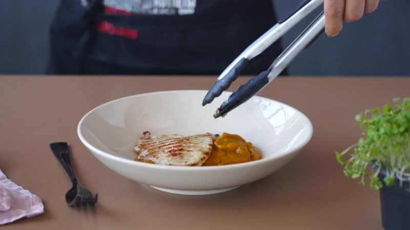 Рецепт приготовления шницеля из индейки с овощным пюре и йогуртовым соусом