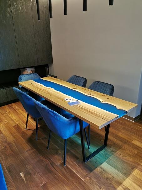 Те, кто уделяет большое внимание декору комнаты, как правило, используют самые нестандартные и оригинальные способы оформления Серийная магазинная мебель не отвечает потребностям людей с