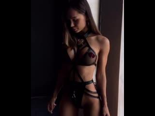 Сексапильная Евгения показывает новое бельё (порно, секс, эротика, попка, booty, anal, анал, сиськи, boobs, brazzers)