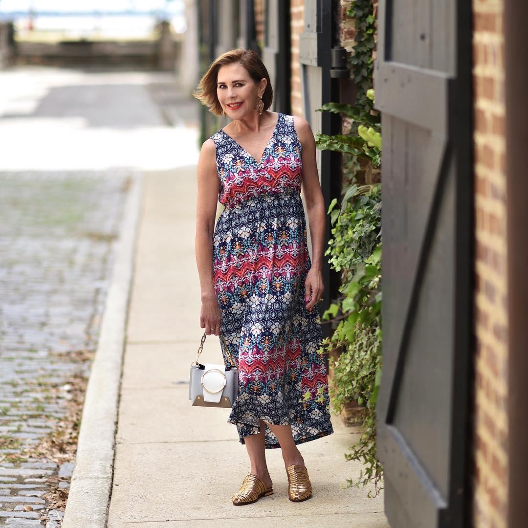 Подбираем сарафан для зрелой женщины – 8 красивых и удобных фасонов на лето 2019