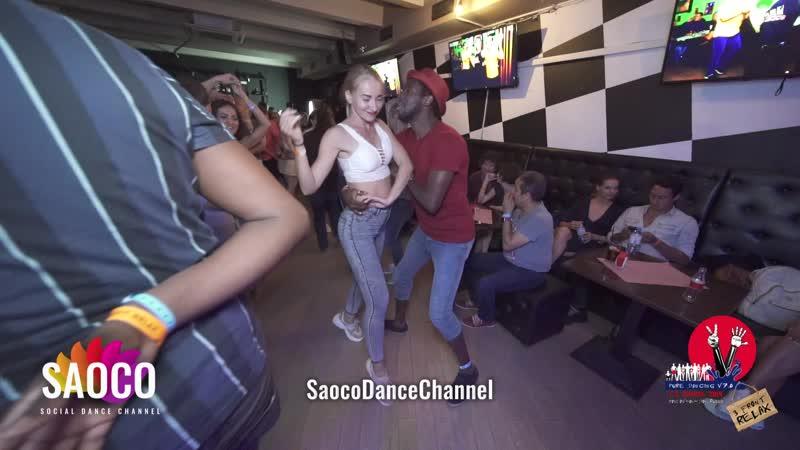 Tamba Salsaché Hissirou и Ксения Чкалова танцуют сальсу на пре-пати 3 Front Relax 01.08.2019