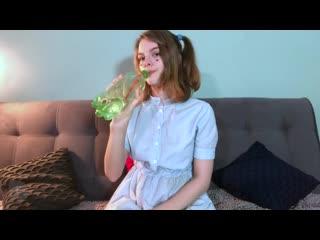 РУССКАЯ Доченька спалилась порно, секс, трахает, русское, инцест, мамка, домашнее