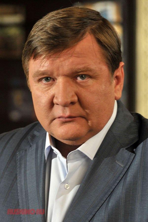 Сегодня свой день рождения отмечает Мадянов Роман Сергеевич.