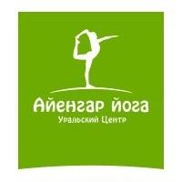 Логотип Уральский Центр Айенгар йоги