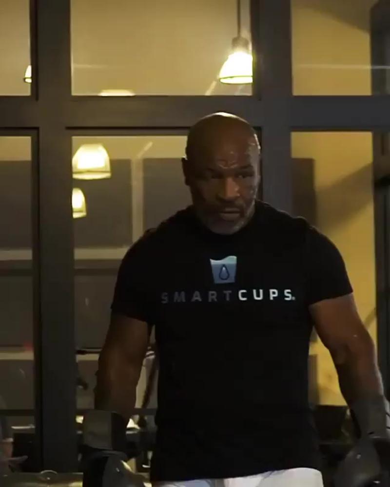 Майк Тайсон - тренировки в 53 года