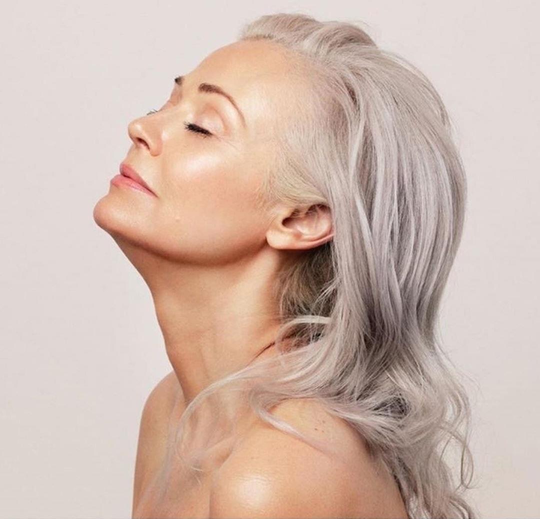 56-летняя модель Катти Джекобс показывает миру, что возраст не помеха для красоты и здоровья