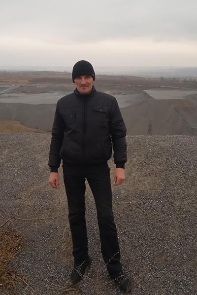 Mikhail, 35, Kirovskoye