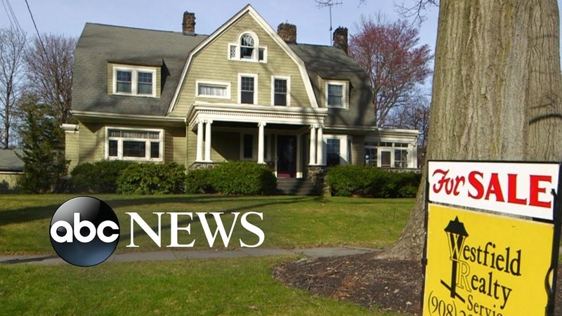 Mansion owners terrorized by 'The Watcher' finally sell home l ABC News
