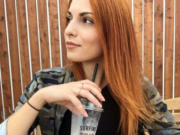 В Сочи задержали мужчину, который сбросил девушку с виадука Ранее: v.com/wall-132677762_2773883В результате действий злоумышленника в Сочи погибла 24-летняя местная жительница. Она стала жертвой