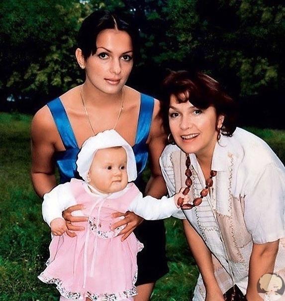 Мария Порошина после смерти мамы поделилась редкими совместными фото