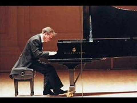 Mikhail Pletnev plays Chopin Mazurka op. 17 no. 4 - live 1993
