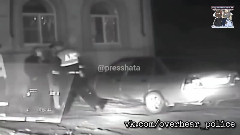Толпа цыган набросилась на полицейских в Волгоградской области