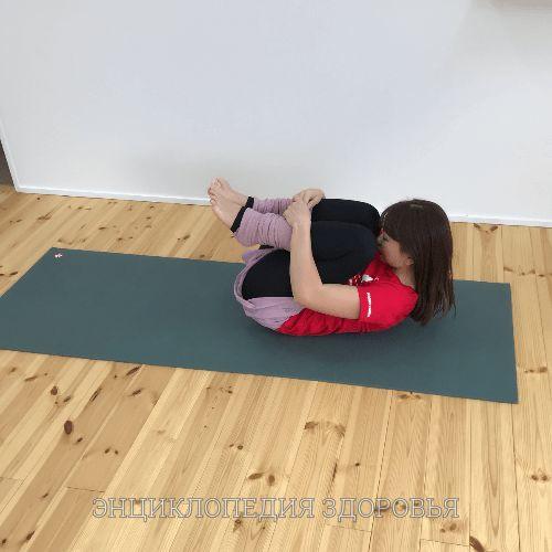 Одно упражнение, которое исправит искажение таза и укрепит плечи