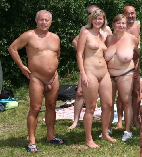Old People Watching Naked Girl's Performance In Public Amateur And Voyeur Porn