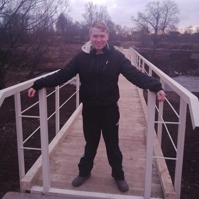 Юра, 20, Sovetsk