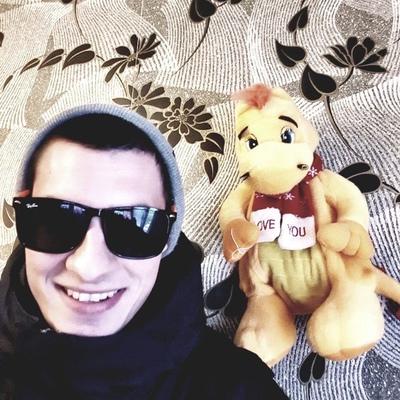 Сергей, 24, Kamensk-Shakhtinskiy