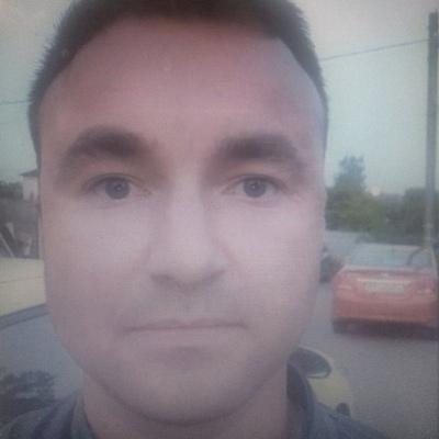 Андрей, 31, Murino