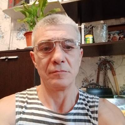 Андрей, 46, Kirovsk