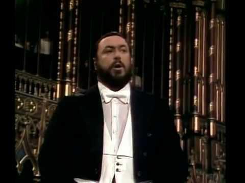 Adeste Fideles Pavarotti Notre Dame