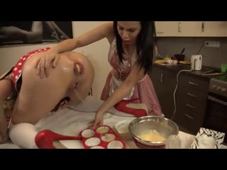 Грязные шлюшки готовят анальные кексы [2021, anal, ass to mouth, blowjob, fisting, prolapse, squirting, секс порно анал]